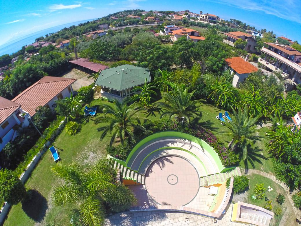 Offerte villaggi tropea sul mare villaggio a tropea 2018 - Villaggi con piscine e scivoli ...
